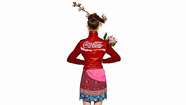 Desigual пусна специална линия, посветена на Coca-Cola