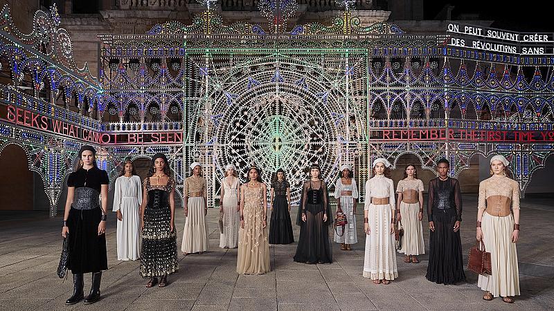 Dior с нова визия, отговаряща на промените, вследствие на пандемията