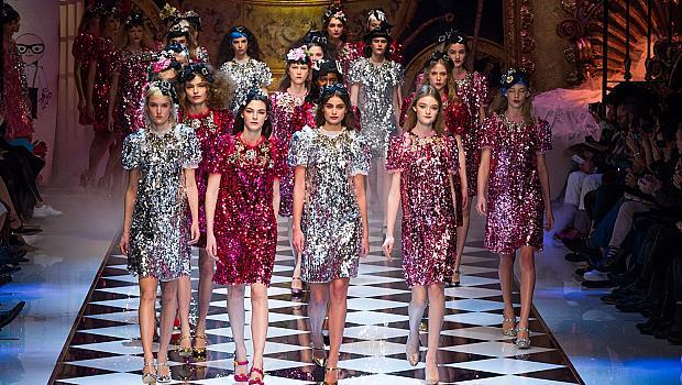 Dolce & Gabbana разказаха модна приказка за зимата на 2016-та