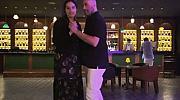"""Джон Траволта и дъщеря му Ела: """"Танц в памет на мама"""""""