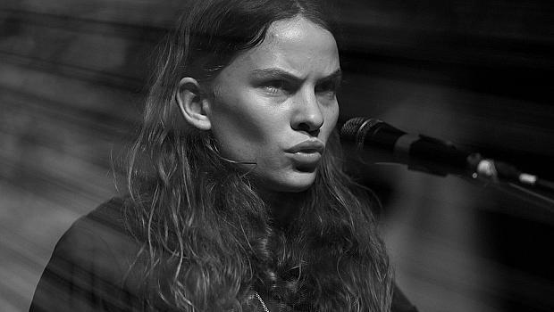Дъщерята на Стинг пее за Valentino