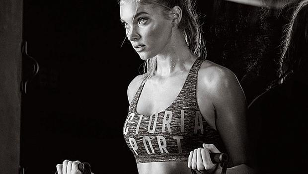 Адриана Лима и други в реклама на спортната линия на Victoria's Secret