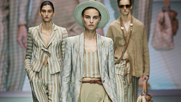 Всички дамски визии на Emporio Armani от Седмицата на модата в Милано