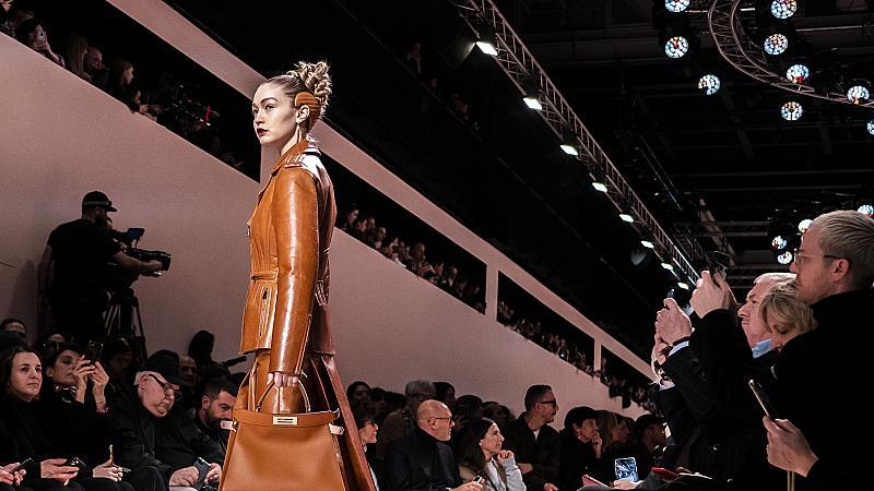 Как Fendi завладя модния подиум в Милано?