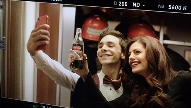 Михаела Филева е звездата на първата българска реклама на Coca-Cola
