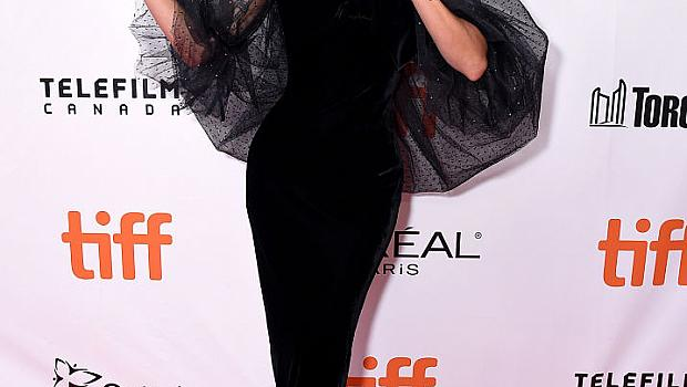 Женствените визии на Лейди Гага от последните няколко месеца
