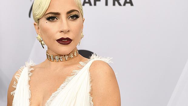"""Музикален ""аромат: Lady Gaga стана лице на новия аромат на Valentino Voce Viva"