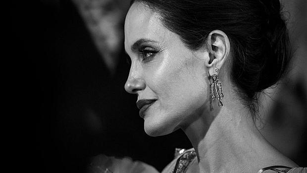 Какво се случи? Анджелина Джоли влезе в болница