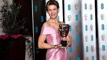 Какво облякоха звездите на наградите BAFTA 2020?