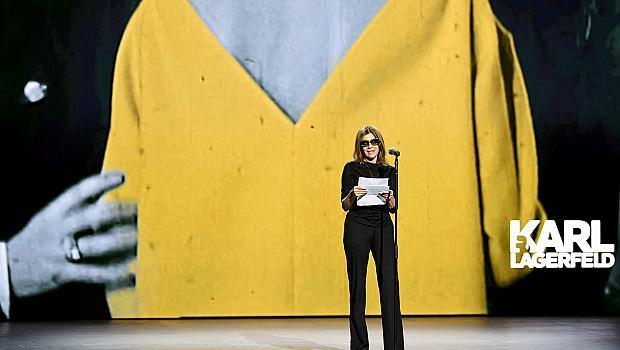 Модата и COVID-19: онлайн ревю с най-красивите модели в света ще набира средства