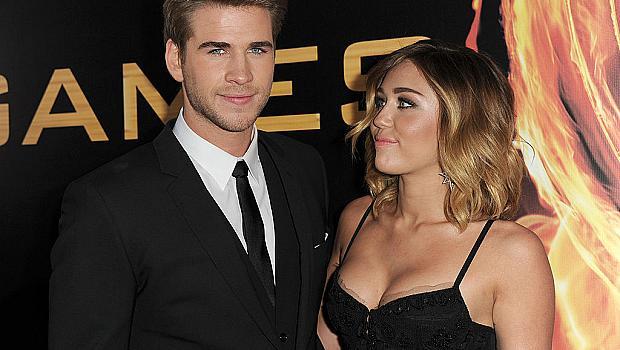 11 звездни двойки, които са се  влюбили на екрана