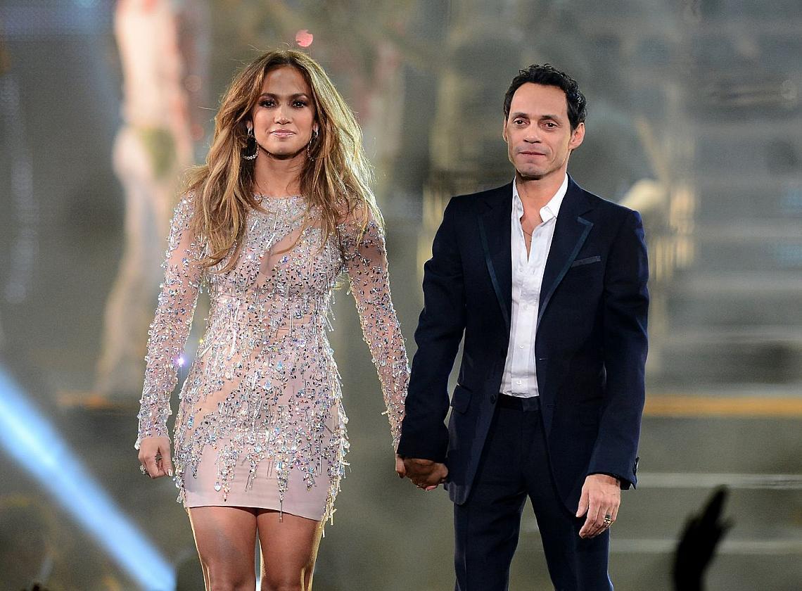 Дженифър Лопес и Марк Антъни се разведоха през 2011 г. Въпреки това те останаха в прекрасни отношения не само заради двете си деца, но и заради общите си музикални изяви.