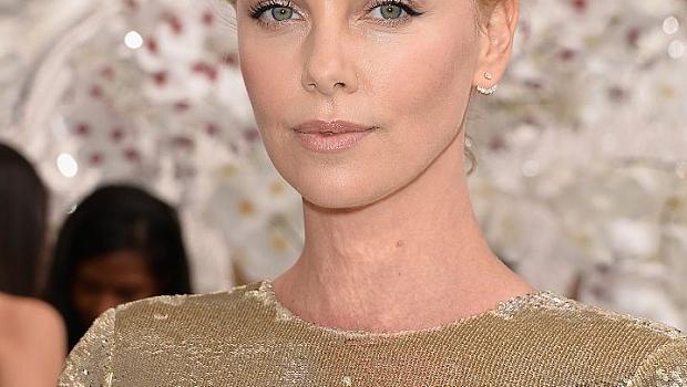 """Коя актриса ще изиграе госпожа Робинсън в """"50 нюанса сиво""""?"""