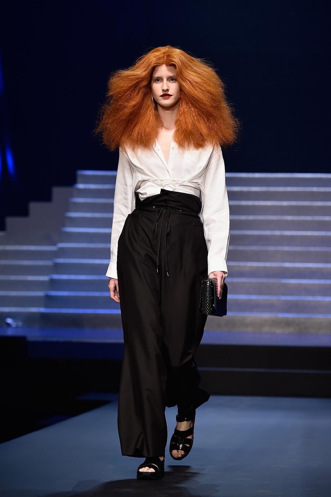 <p>Miss Rédactrice du Mode - Модел облечен в запазения стил на Грейс Кодингтън</p>