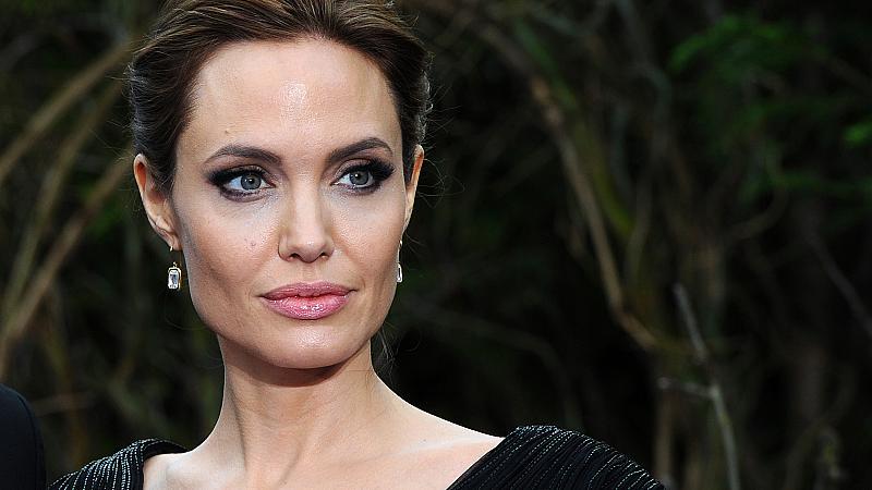 Анджелина Джоли си намери нов партньор