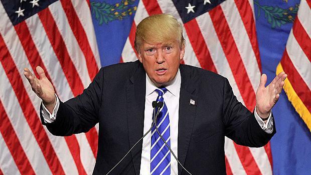 Белият дом плаща на цял екип, да сглобява всички писма, които Тръмп разкъсва