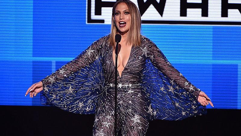 Визиите на Дженифър Лопес на Американските музикални награди