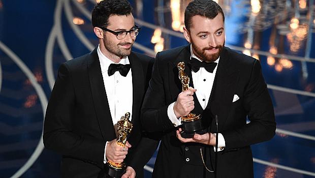 Сам Смит предизвика скандал заради речта си на Оскарите