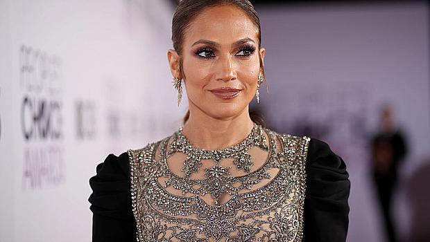 Дженифър Лопес официално е призната за модна икона