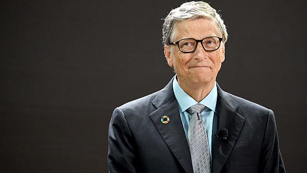 Бил Гейтс имал интимна връзка със служителка на Microsoft