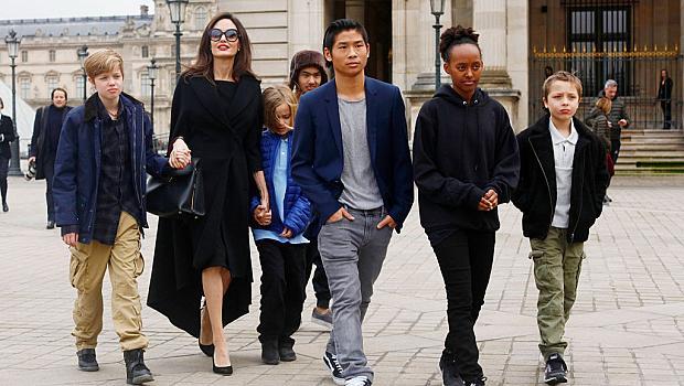 Анджелина Джоли може да загуби родителските права над децата
