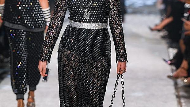 Сестрите Манърс на модния подиум на D&G