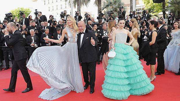 КАН 2018: Откриващата церемония събра холивудските красавици на червения килим на Лазурния бряг