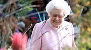 Живот на кралица: Странните привилегии на Елизабет II