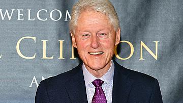 Бил Клинтън е приет в интензивно отделение
