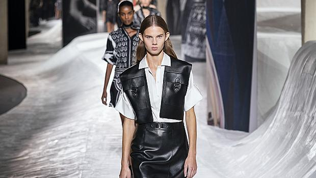 Как да носим любимата си кожена пола? 10 стайлинг идеи от модния подиум