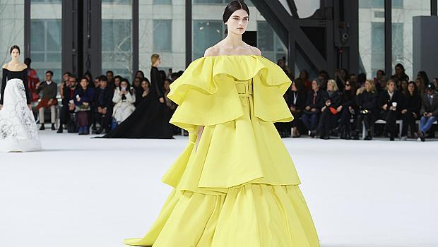 Триумфът на макси роклите: 20 елегантни визии, с които ще ви забележат