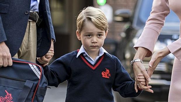 Първият учебен ден на притеснения принц Джордж