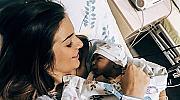 Моделът Алекс Петканова роди тази сутрин, синът й вече има инстаграм