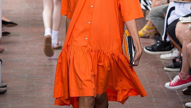 Оранжево от подиума за лято 2015