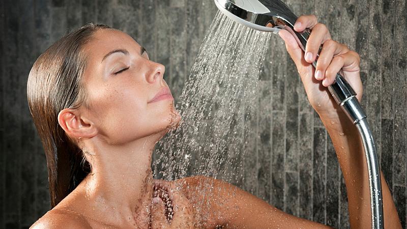 Контрастен душ за отслабване?