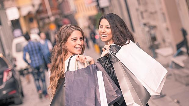 Жените не купуват – те пазаруват!