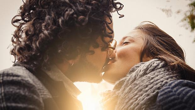 Защо се целуваме?