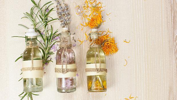 12 ободряващи етерични масла