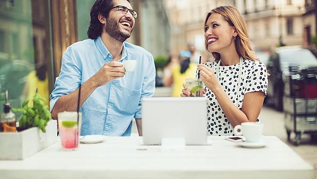 Какво мъжете запомнят два пъти по-често от името на жената?