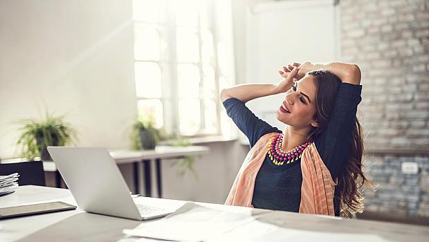 Как да стоите зад компютъра, без да вредите на здравето си?
