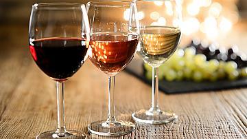 По чаша вино на ден...
