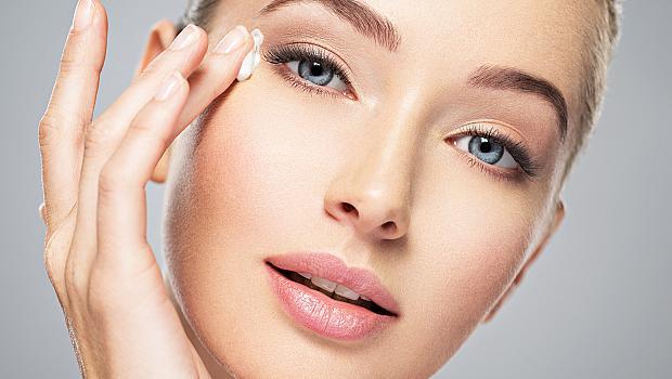 Основни правила за грижа за кожата около очите