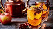 Горещ ябълков коктейл с бърбън