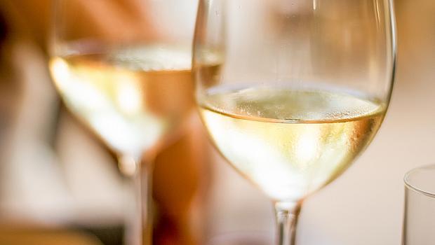Какво се случва с тялото ви, ако пиете вино всяка вечер