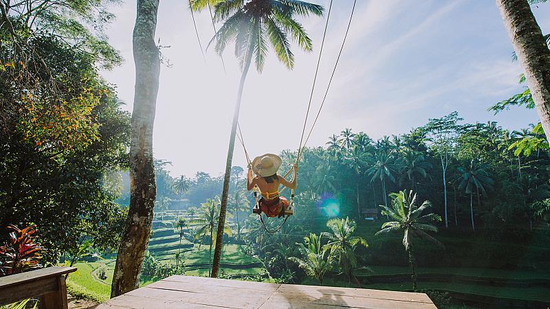 Екзотична екскурзия до остров Бали: Тръгваме сега!