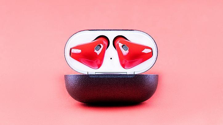 А вие носите ли безжични слушалки по време на секс?