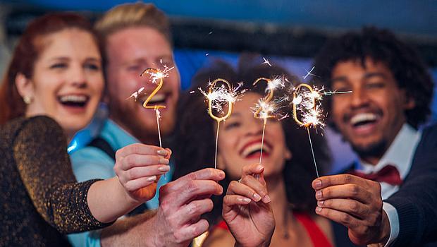 10 странни сценария за Нова година