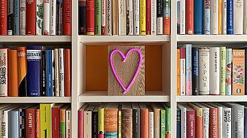 Моментът да организираме домашната си библиотека