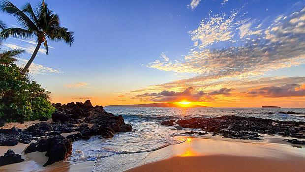 10 от най-внушителните плажове в Хавай, които мечтаем да посетим