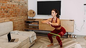 Домашна тренировка за дупе и крака: 6 от най-ефективните упражнения